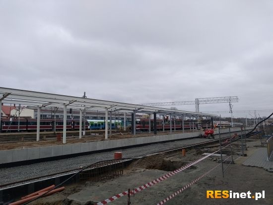 Raport z prac na stacji Rzeszów Główny. 19 listopada uruchomią peron nr 1 [FOTO] - Aktualności Rzeszów - zdj. 12